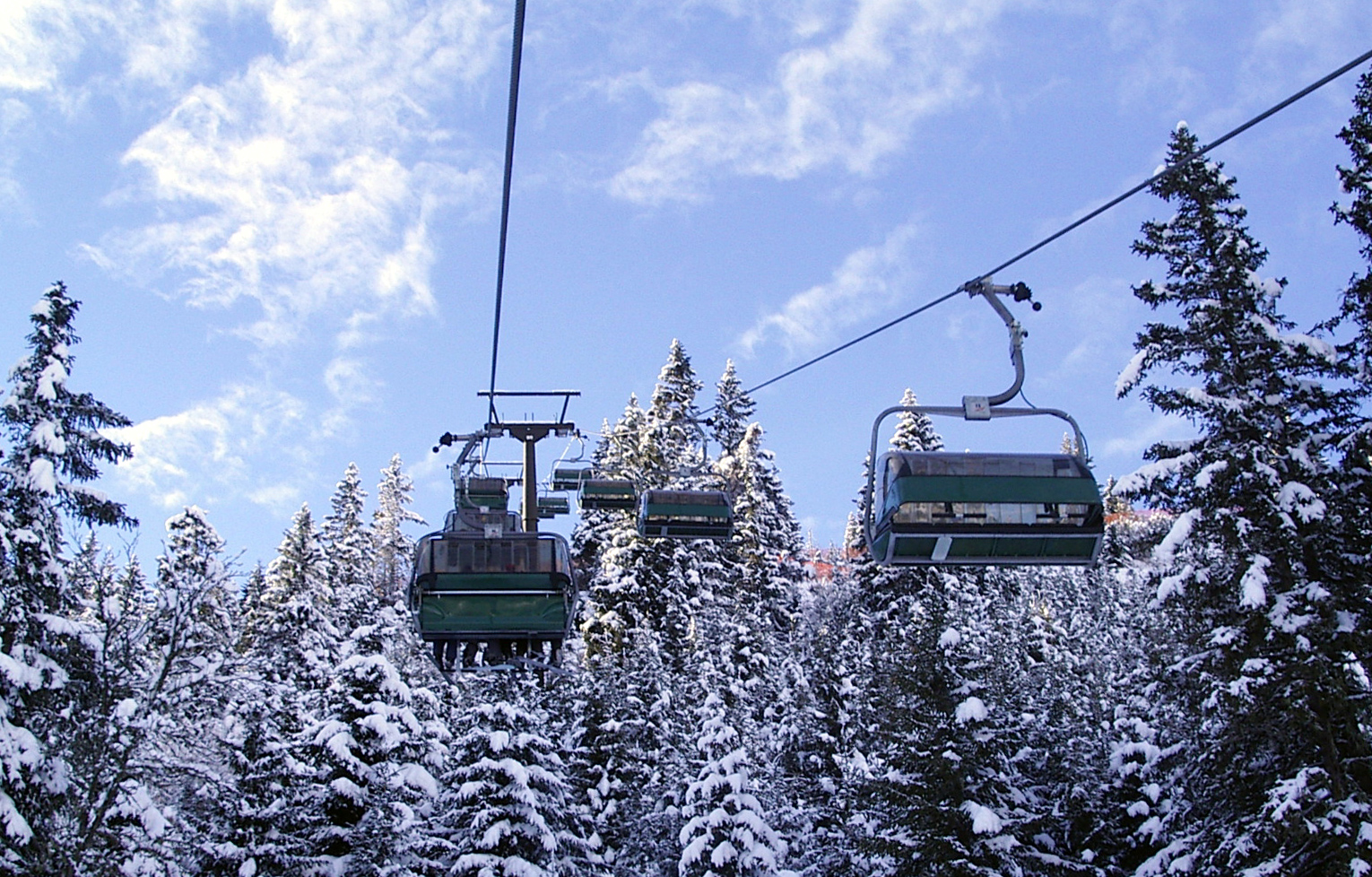 Chair_lift_in_Bad_Hofgastein_Austria