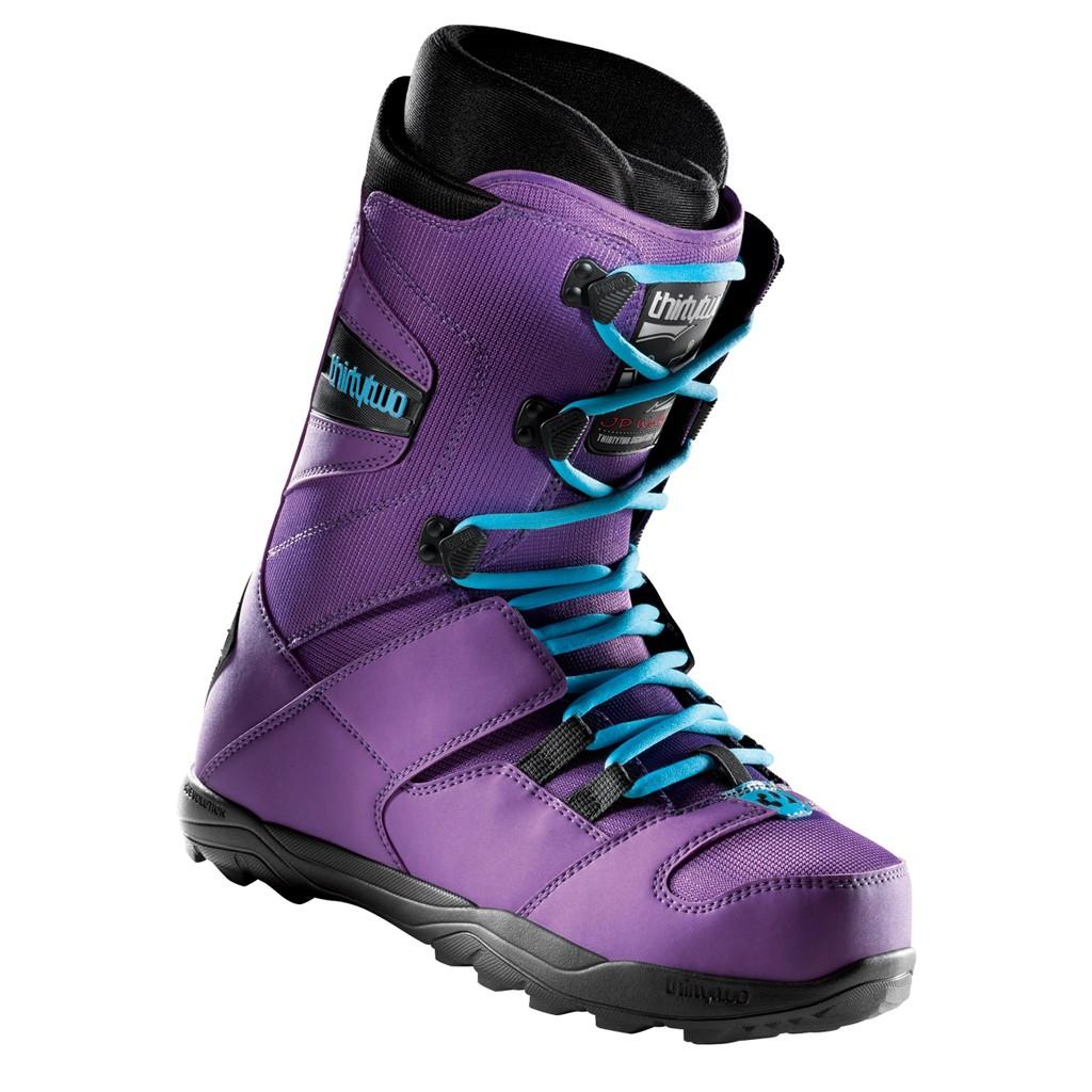 botas_snowboard_styling_online_thirty-two_32_jp_walker